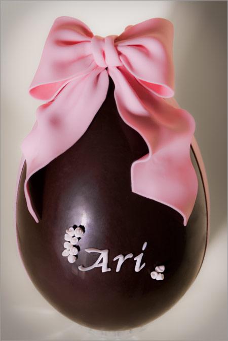 uovo di Pasqua bimba